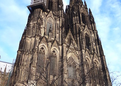 Facade_of_Cathedral_-_Koln_(Cologne)_-_Germany_-_03